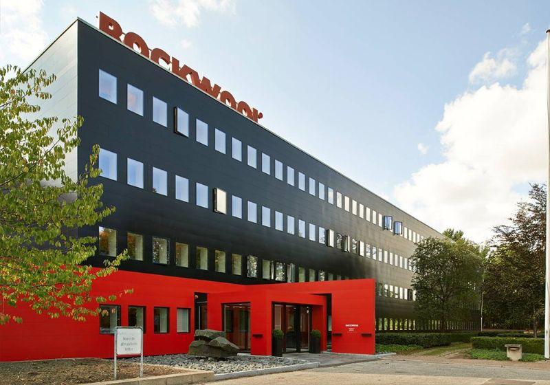 Rockwools hoofdkantoor in Hedehusene (Denemarken) is opgetrokken in het RedAir-gevelsysteem