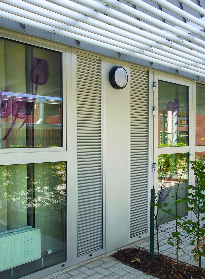 Intensieve ventilatie buiten in Dilsen Stokkem.