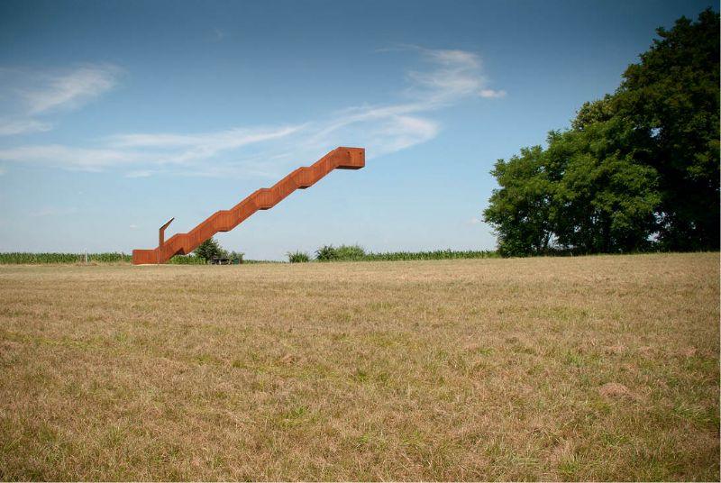 De Vlooybergtoren van de gemeente Tielt-Winge maakt kans op de Staalbouwprijs in de categorie specifieke elementen in staal (foto Jo Van den Borre).