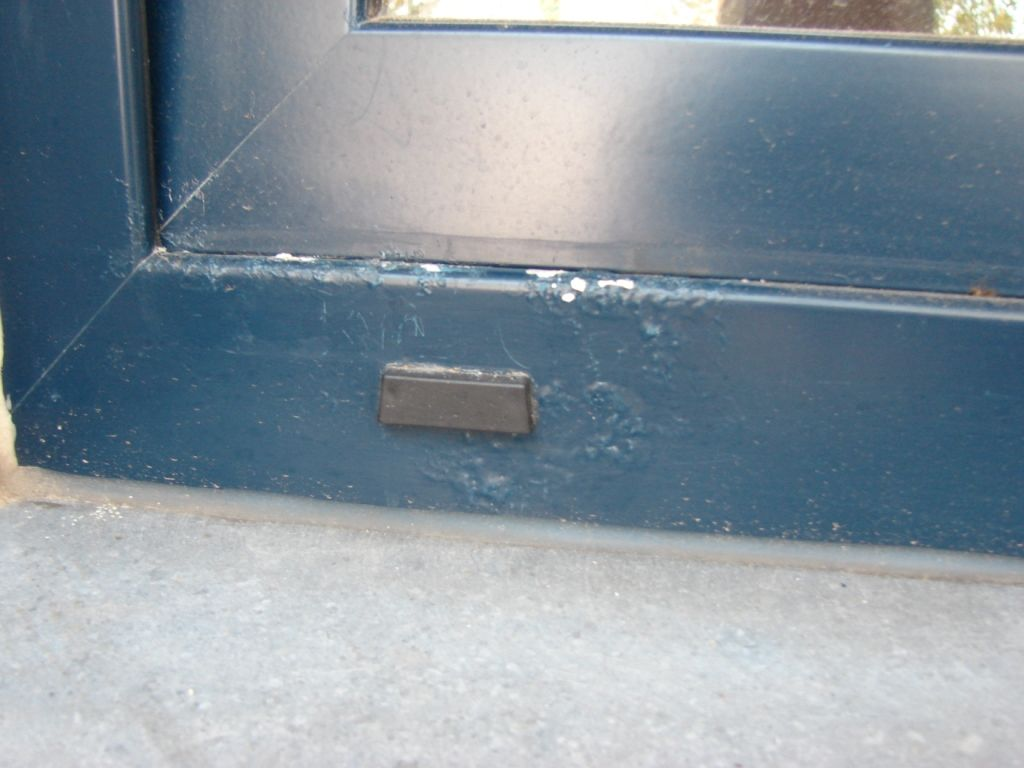 De keuze van het juiste coatingsysteem is belangrijk, want corrosie kan gevolgen hebben voor het kleurbehoud.
