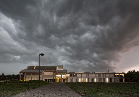 L'Atelier d'Architecture Pierre Hebbelinck a remporté deux prix internationaux cette année, dont le Prix TransEuropArchi pour La Halle Perret.