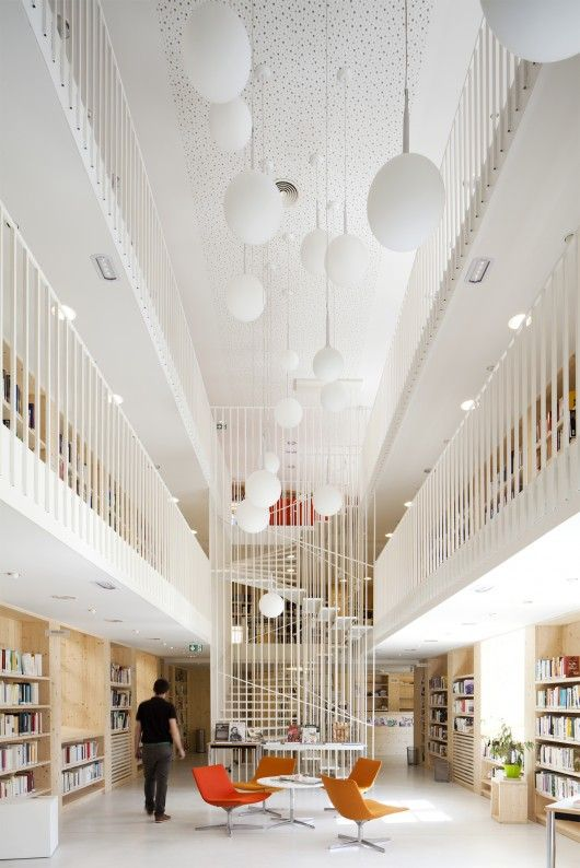 Refurbishment of the Year: BIG Library; Gourdon, Frankrijk / CoCo Architecture met Atelier RK