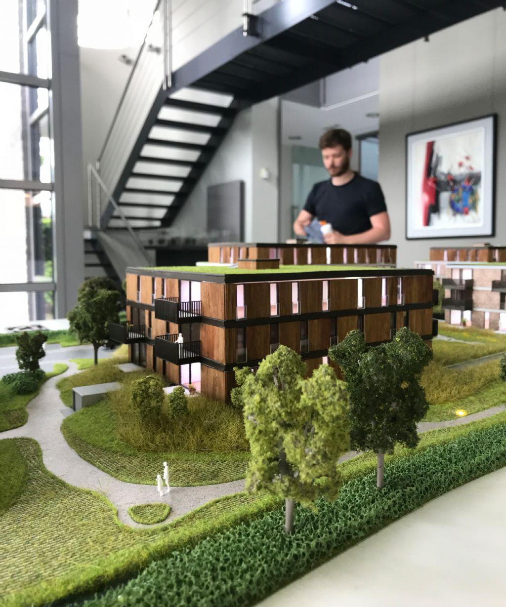 Cr3do bouwt eerste interactieve smartmaquette voor Bouwbedrijf Dethier