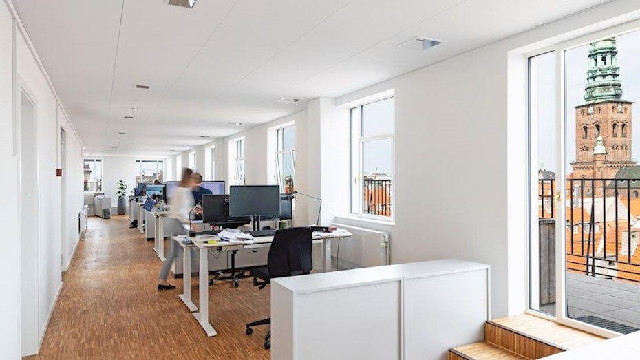 Kies de perfecte kantafwerking voor een systeemplafond met de juiste stijl