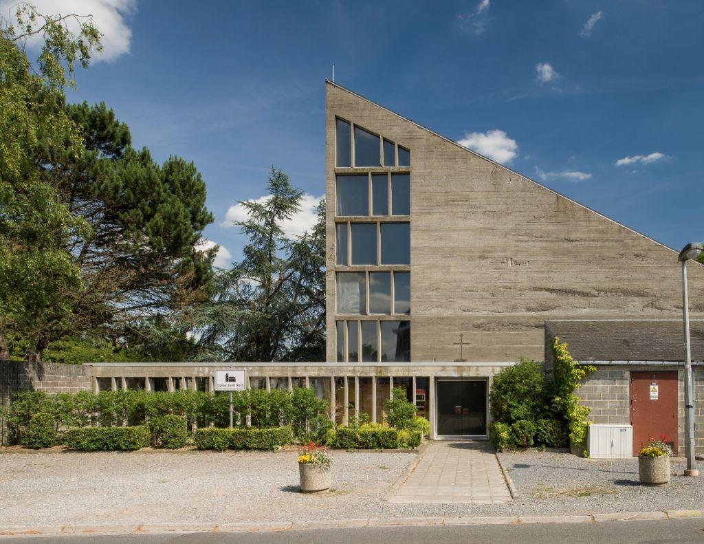 Eglise Saint-Roch à Bois-de-Villers (architecte : Roger Bastin, 1972)