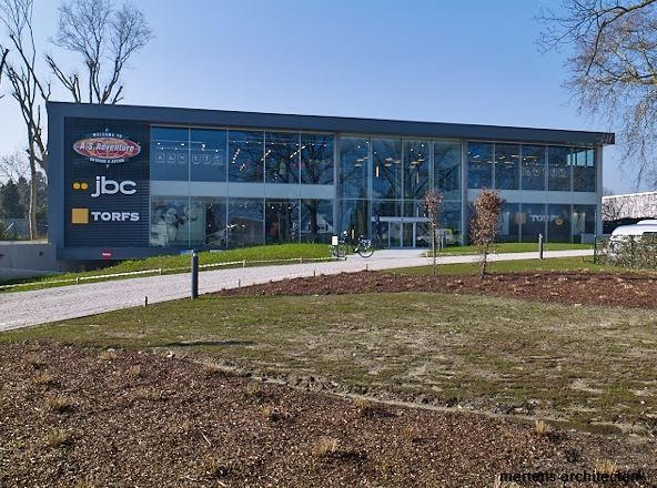 Het gebouw kreeg een moderne bouwschil.