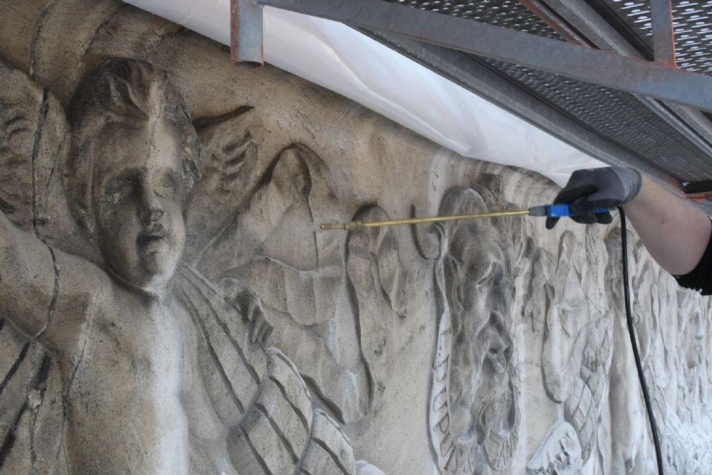 Clean Galena: emissievrije reiniging van historische natuursteenoppervlakken