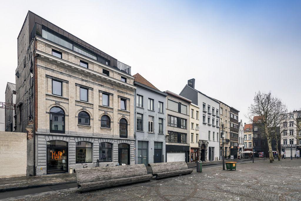 Oud stadspand getransformeerd naar collectieve woon- en werkplek