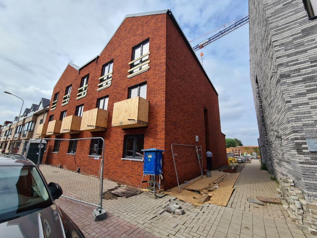 Al 10.000 m² gevel opgetrokken met Facadeclick