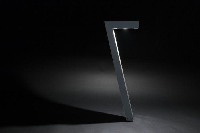 De Seven in grijs aluminium.
