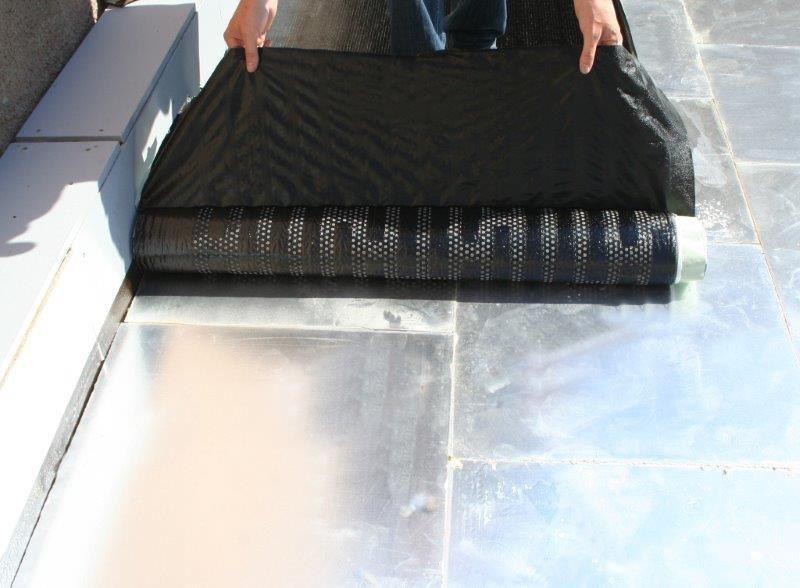 Een hardnekkig vooroordeel is dat de mogelijkheden van bitumen dakbanen beperkt zouden zijn. Terwijl ze quasi ongelimiteerd toe te passen zijn, ook voor kelderafdichtingen en op tuindaken, parkeerdaken, terrasdaken …