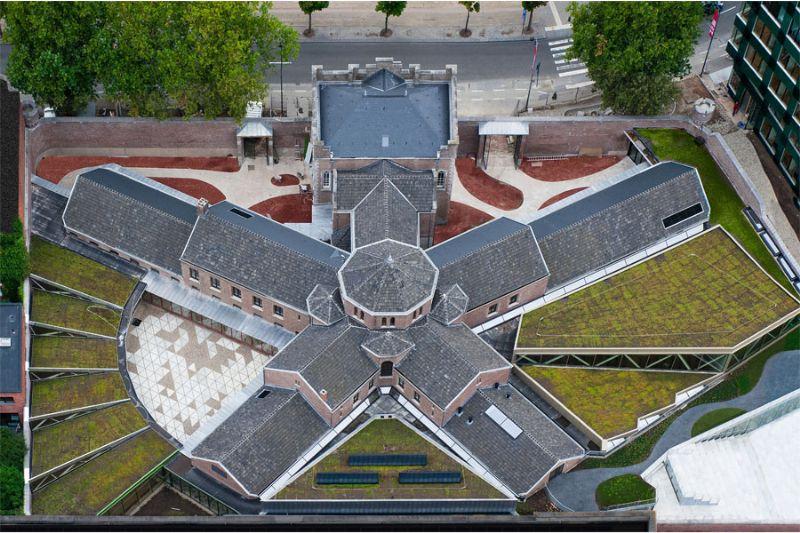 noAarchitecten hergebruikte het voormalige gevangenisgebouw in haar ontwerp voor de stadscampus Rechten in Hasselt