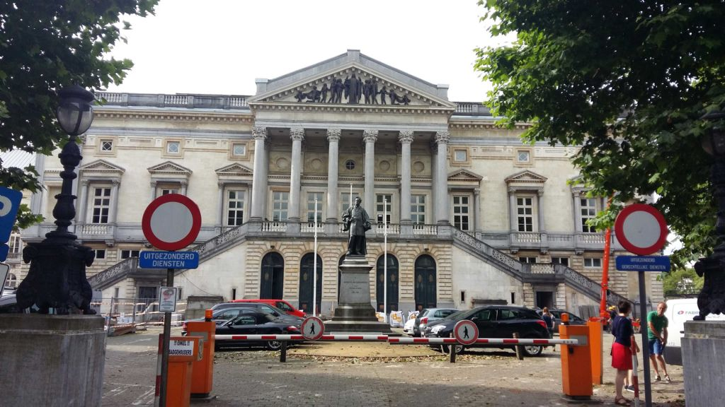 Les résines PMMA rendent l'ancien tribunal de Gand de nouveau imperméable