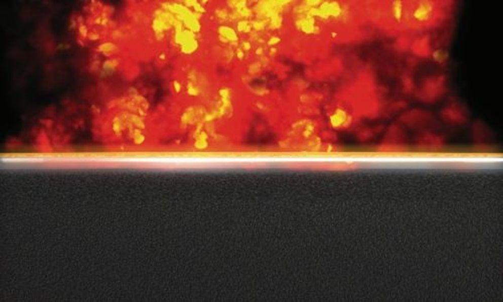 Het FOAMGLAS® Melt-Shield Effect: oppervlak vormt beschermende laag bij brand