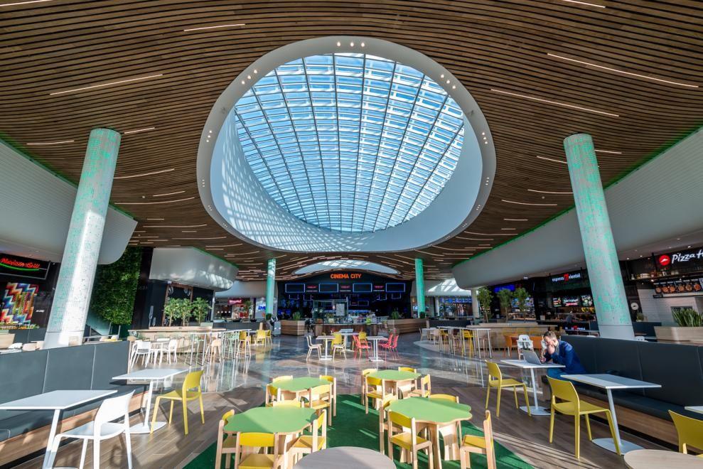 Wroclavia, Un Centre Commercial Baigné De Lumière Naturelle
