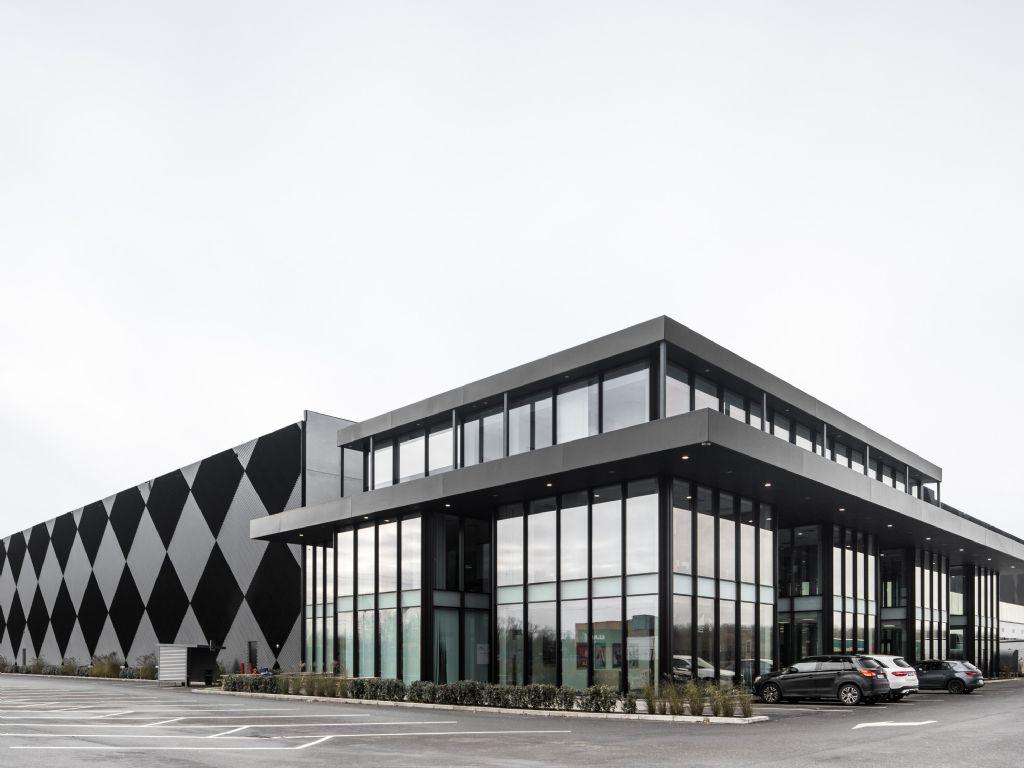 Het dambordpatroon van Antwerp East Port XL