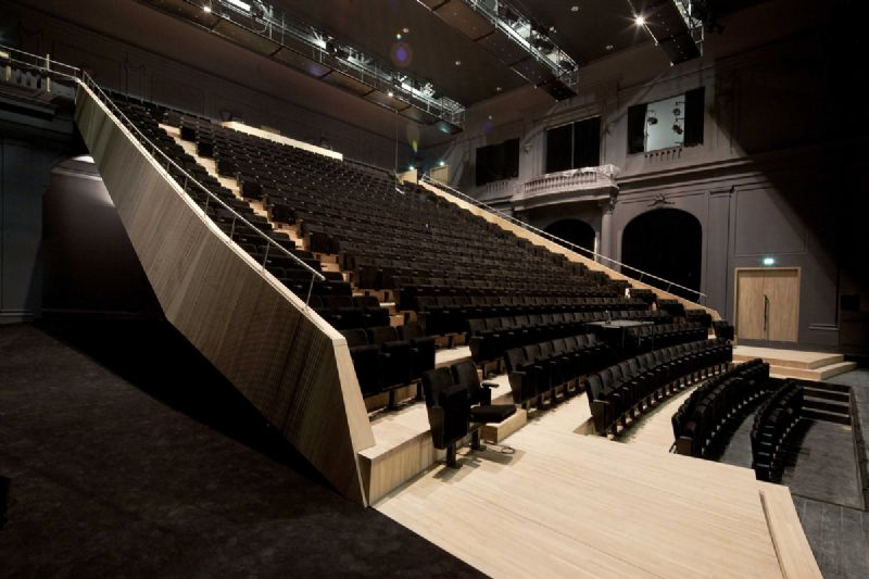 Speciale prijs van de jury: Tribune van het theater L'Emulation / Atelier d'architecture Pierre Hebbelinck / Studiebureau Greisch