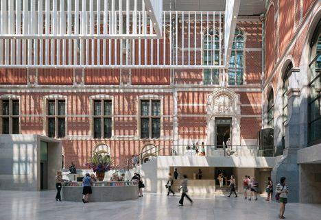 Het Rijksmuseum in Amsterdam door Cruz y Ortiz Arquitectos greep net naast de prijs.