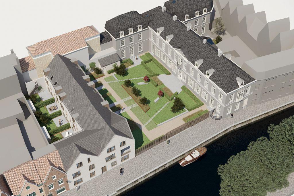 Het nieuwbouwvolume (links), wordt gescheiden van het voormalige stadspaleis door een gemeenschappelijke tuin.