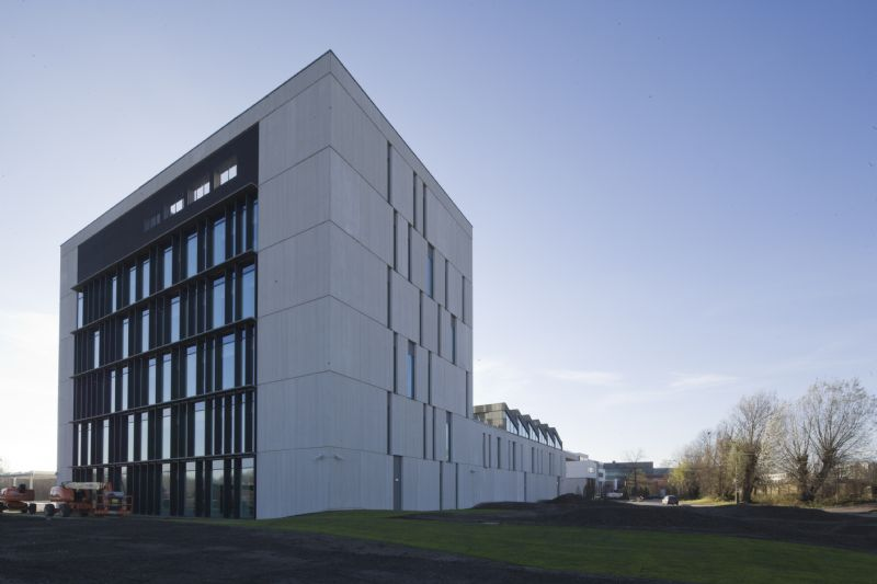 POLO architects schenkt Rode Kruis nieuw onderkomen in Mechelen