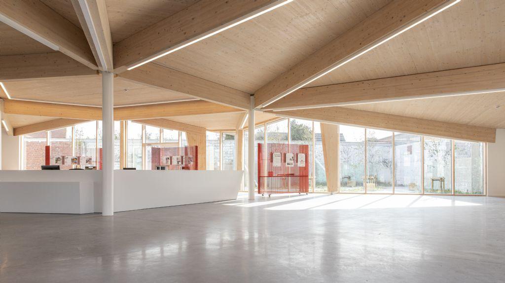 DENC!-STUDIO voltooit West-Vlaams inspiratiecentrum voor duurzaam bouwen Acasus