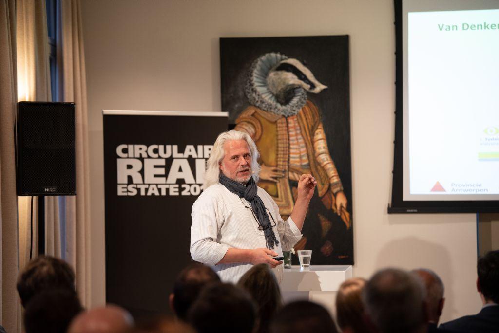 """Peter-Paul van den Berg, directeur van Kamp C: """"Een circulair aanbestedingsmodel dringt zich op."""""""