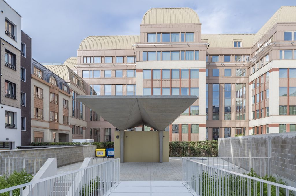 dmvA ontwerpt verticale school in Sint-Gillis met veel aandacht voor buitenruimte