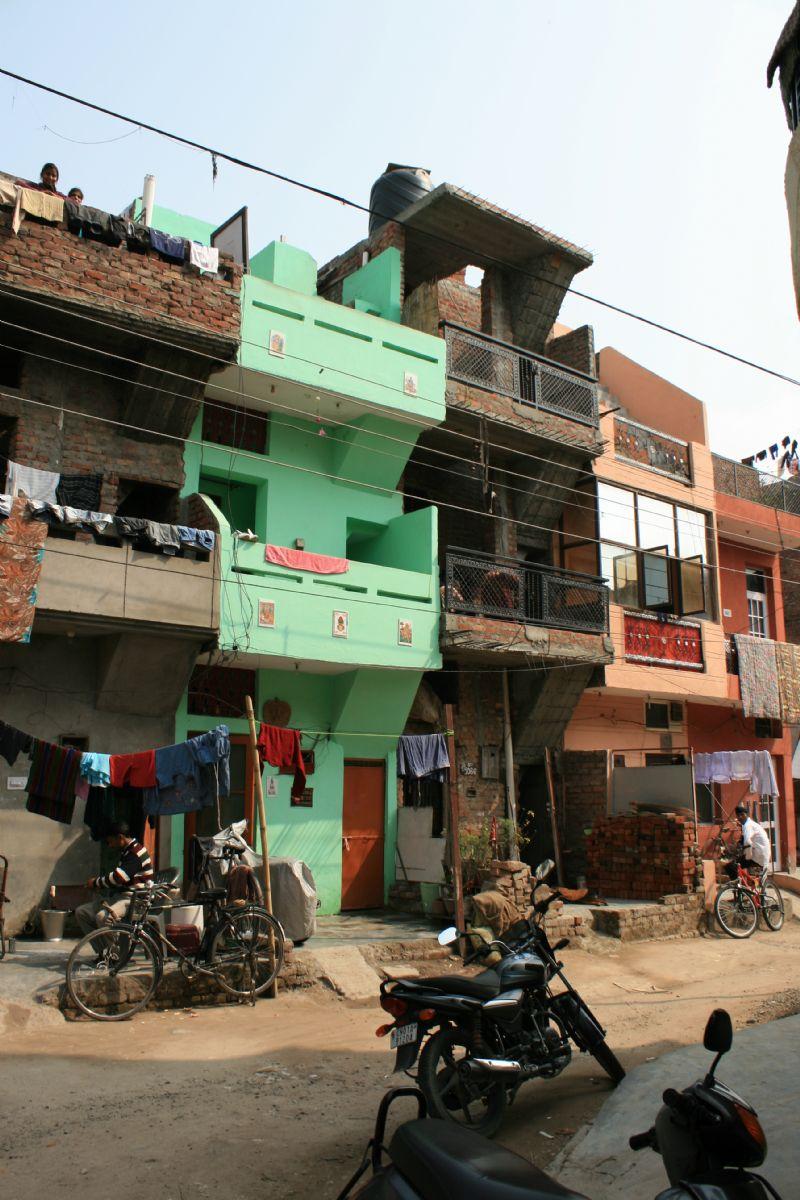 Chandigarh (India), een moderne woonwijk getransformeerd door de bewoners.