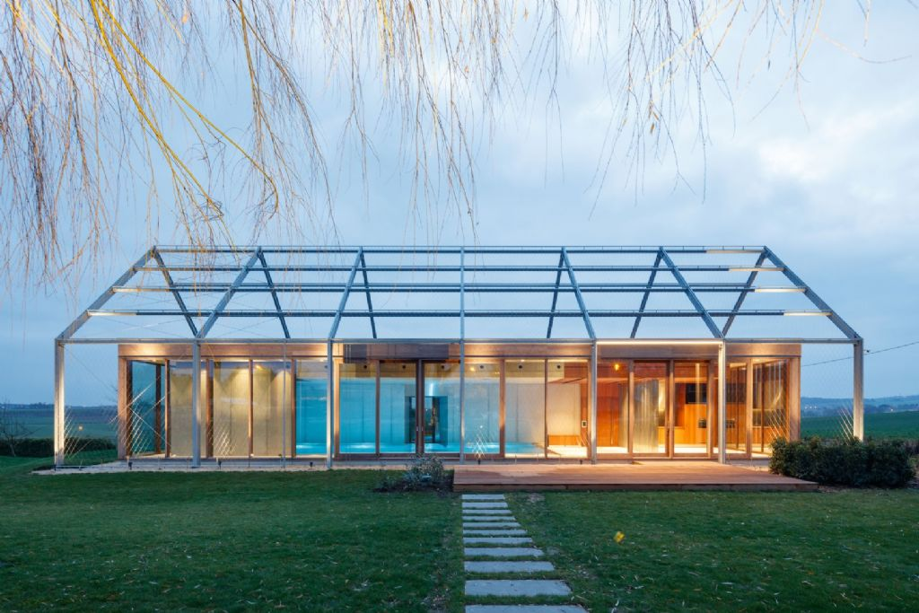 Sublimer l'inox pour renforcer la beauté d'un site rural