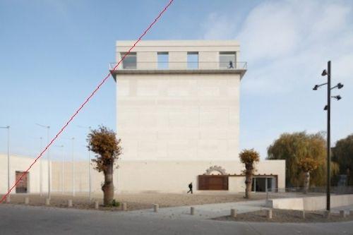 bOb Van Reeth ontwierp het nieuwe torenvolume van de Kazerne Dossin.