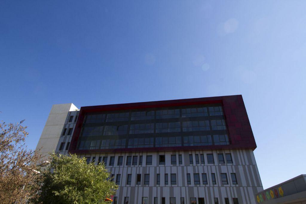 Nieuwe ziekenhuis van Montpellier schittert als een robijn