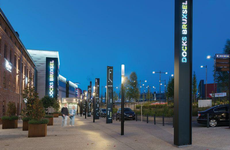 Docks Bruxsel : l'éclairage Schréder participe à la convivialité des lieux