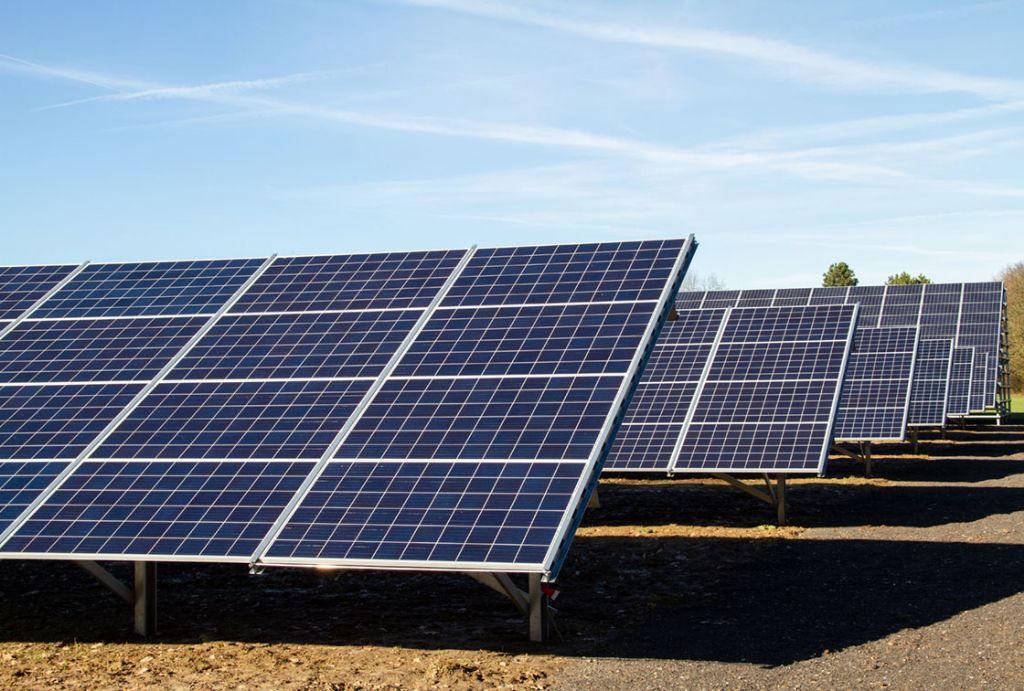 Des panneaux photovoltaïques spéciaux pour chauffer et refroidir les bâtiments