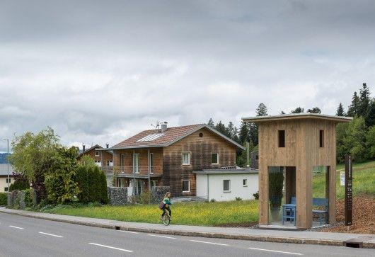 Alexander Brodsky ontwierp een eenvoudig bustorentje.