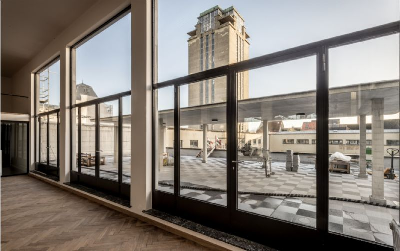 De renovatiewerken van de Boekentoren zijn reeds gestart.