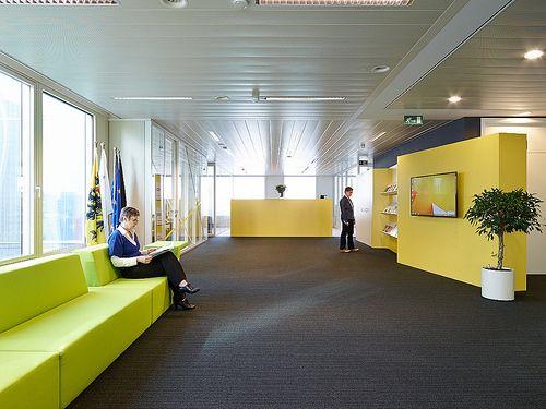 Abscis Architecten deed de inrichtingswerken voor de nieuwe kantoren van Flanders Investment and Trade in Brussel.