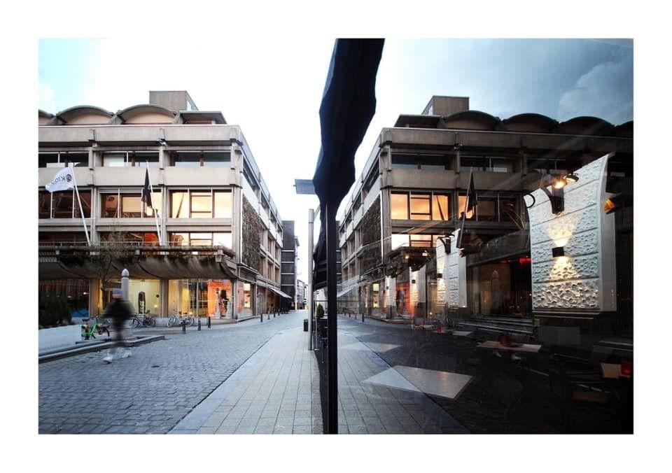 """OPINIE: """"Sloopt nieuw 'cultuur'huis brutalistisch erfgoed in Hasselt? Over ons lijk."""""""