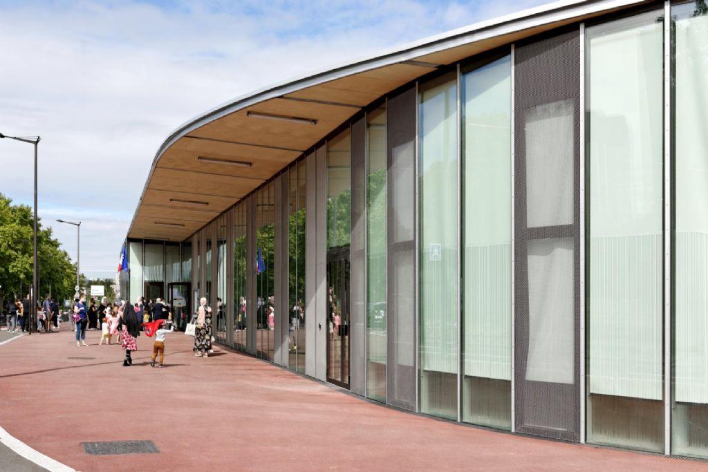 L'école d'Antony mise en lumière par Dietmar Feichtinger Architectes