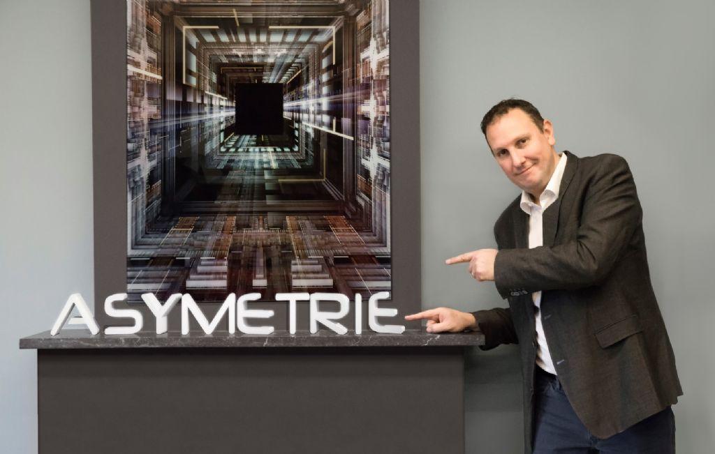Asymetrie : l'imagerie de synthèse sort du bois
