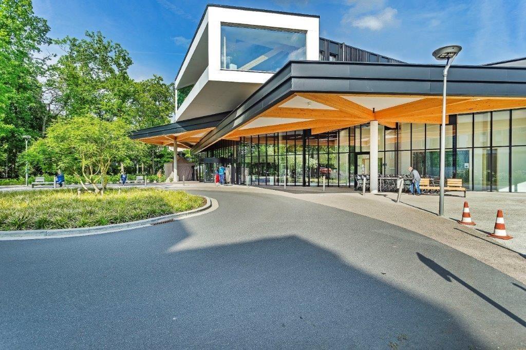 In oktober 2019 nam het Imeldaziekenhuis een nieuwe inkomhal in gebruik, die gerust als een sterk staaltje hedendaagse architectuur kan worden bestempeld.