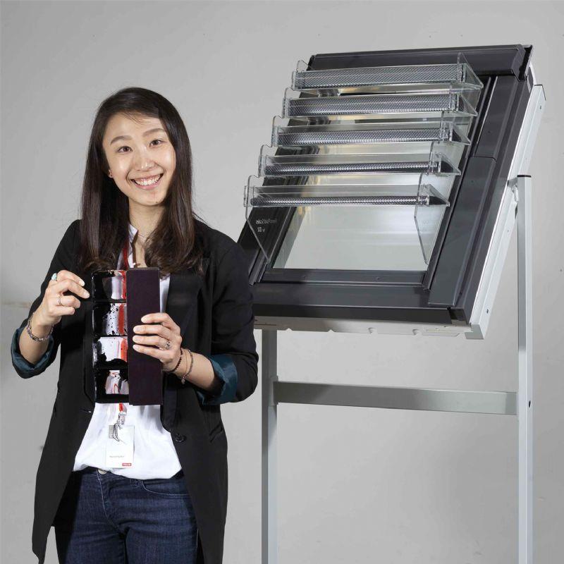 Hyunjeong Kim en haar Ferro Fluid Scales.