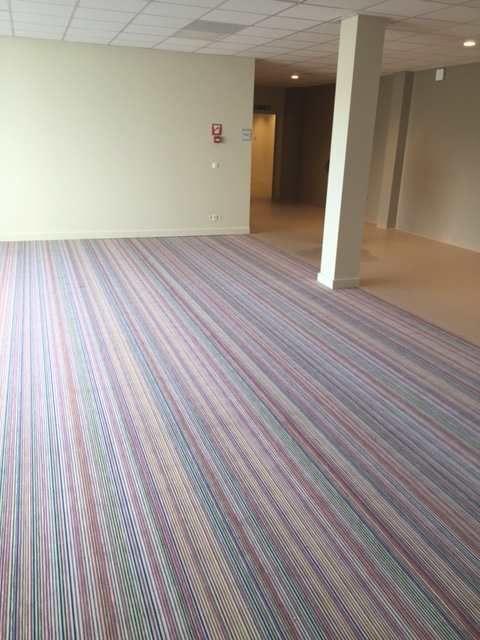 Forbo leverde de vloeren bij dit project, zowel gewone PVC-vloer als geleidende vloer, naast een Flotex-toepassing voor de ontspanningsruimte.