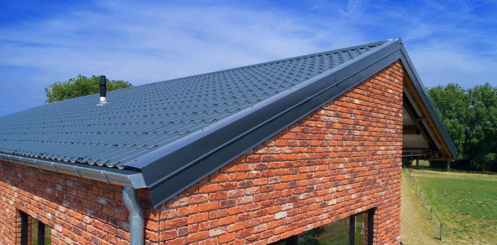 Harmonieuze combinatie van staal en baksteen levert stijlvol resultaat