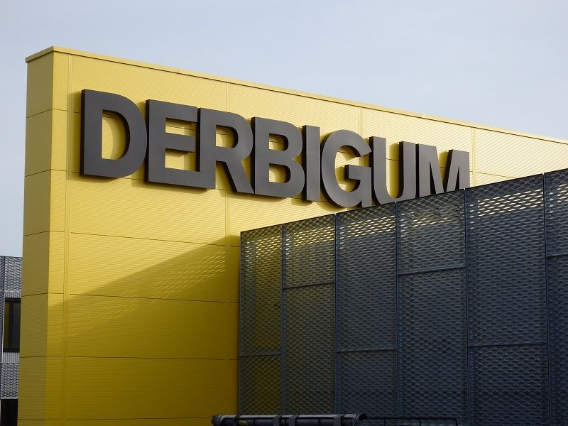Derbigum inaugure son site rénové à Lot