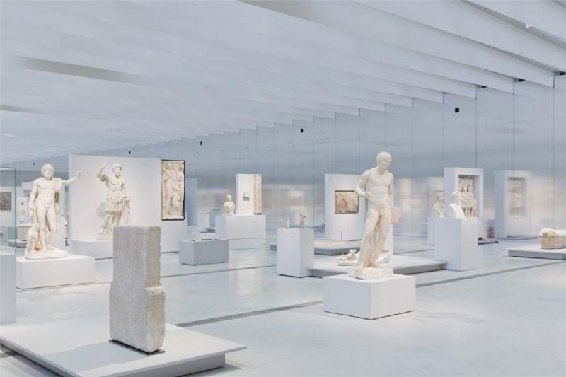 Musée Louvre Lens, van Sanaa.