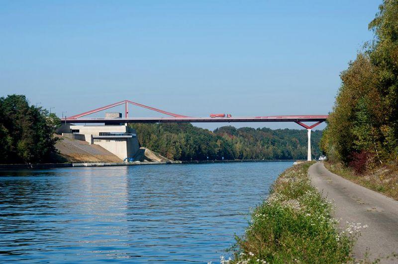 Zonder Vlaams Bouwmeester geen brug in Vroenhoven (OO 0229, Ney + Partners)