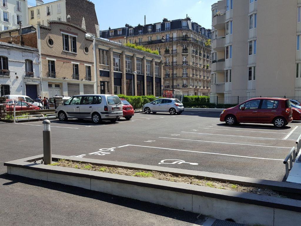 FOAMGLAS® lanceert parkeerdakoplossingen met wegenisasfalt