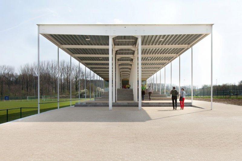 Sportpark Katteberg in Bilzen, naar een ontwerp van De Gouden Liniaal Architecten.