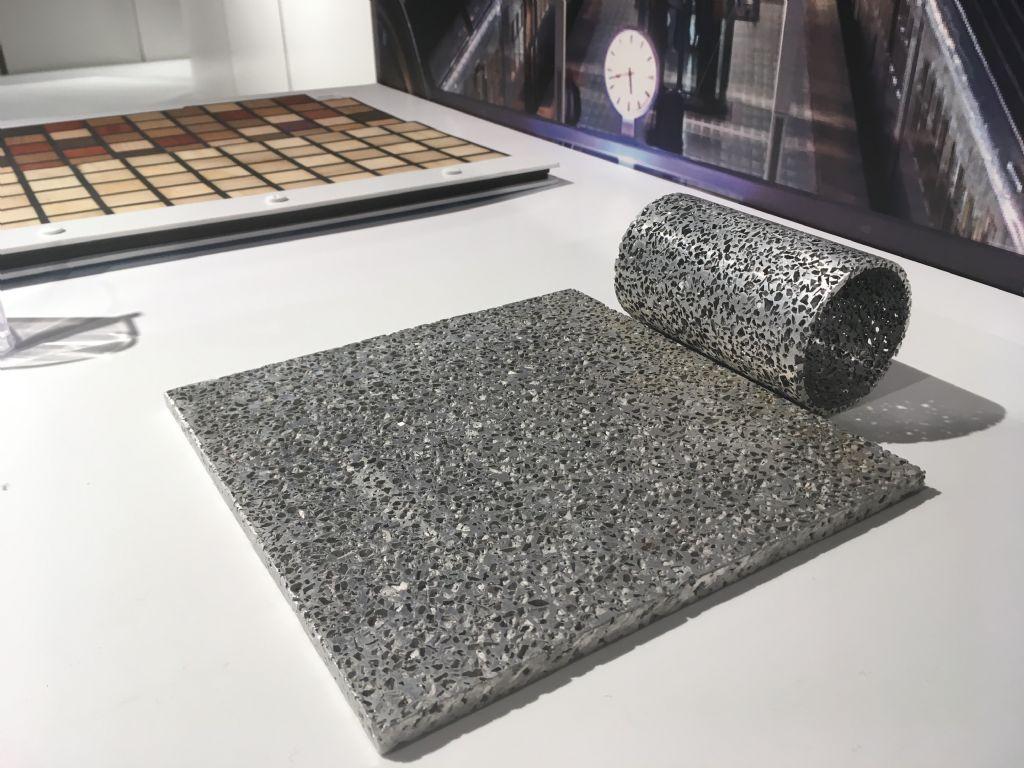Dit aluminium bevat zout en andere materialen.