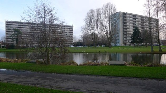 Drie Hofsteden Kortrijk (coördinator Goedkope Woning), met als focus de gefaseerde betaalbare energierenovatie van sociale flatgebouwen.